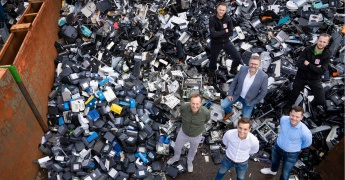 A&M Recycling in magazine Friends In Business: 'Van schrootboer tot visionair' afbeelding